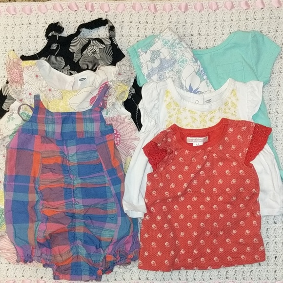 bd5e63552 BUNDLED Old Navy baby girl clothes. 6-12 mo. M_5cc6396cafade88e05ecb86c